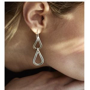 Jewelry - NWT Pamela Love Phoebe Earrings